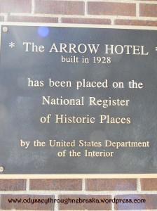 Arrow hotel historical plaque