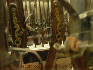 gun snake insignia
