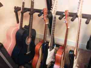 Basement Guitars